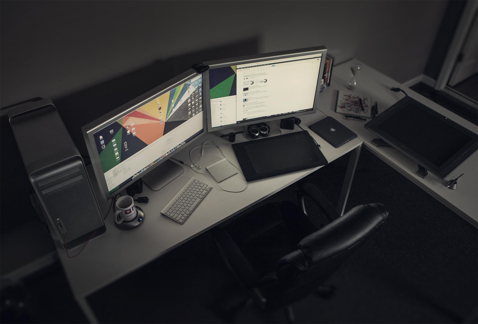 Workspace of Eddie Lobanovskiy