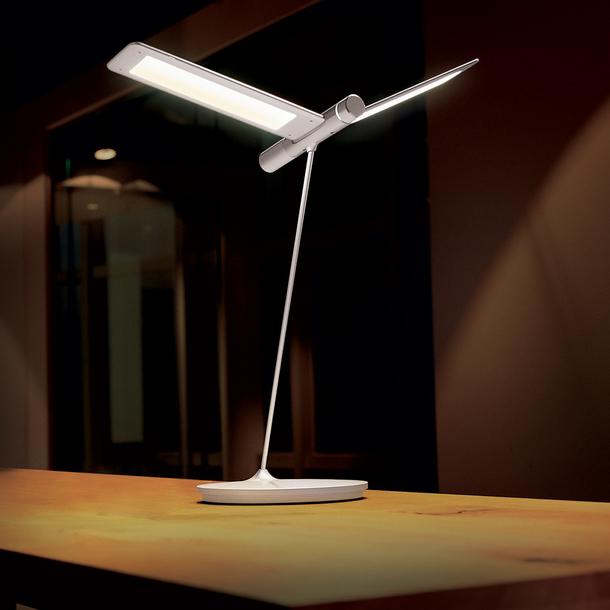 Seagull Table Lamp