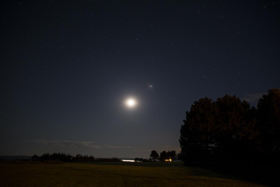 Moon-1-of-1[1]