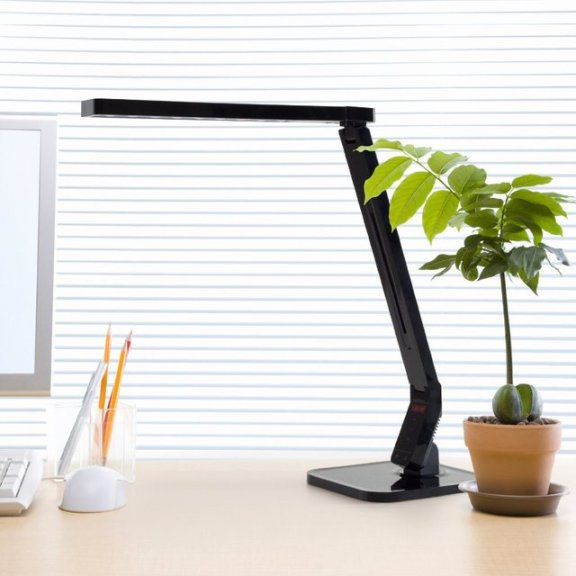 Natural Light Smart LED Tilting Head Desk Lamp