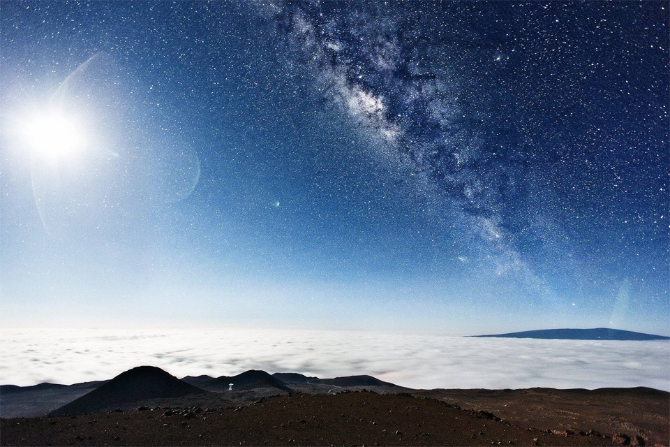 milky way seen from the top of mauna kea hawaii 60 Spectacular Examples of Long Exposure Photography