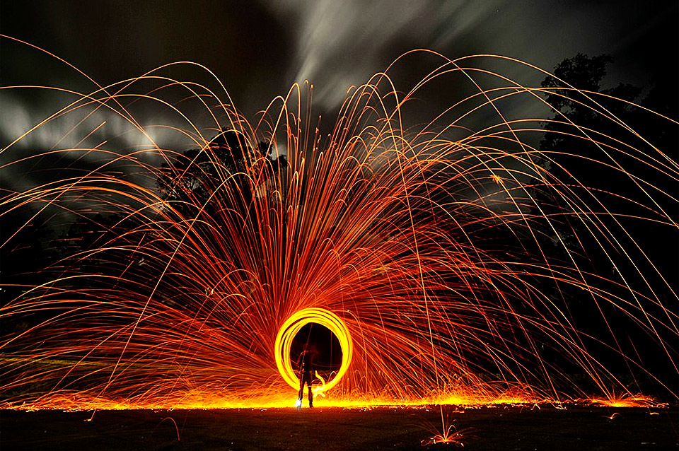 sparkle long exposure circle by alex coppel 60 Spectacular Examples of Long Exposure Photography