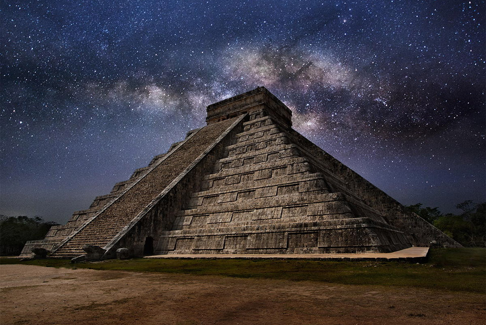 El Castillo Pyramid At Night, Mexico