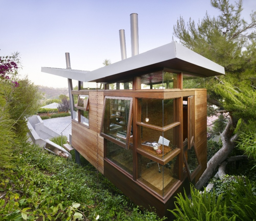 luxury treehouse 1