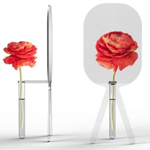 Big Bloom Magnifying Flower Vase