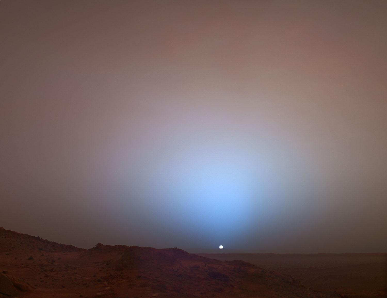 A desert horizon on Mars via Curiosity