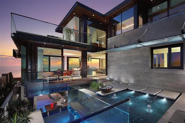 The Contemporary Strand Residence1