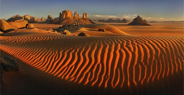 The heart of the Sahara by Yury Pustovoy