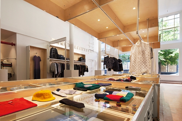 Band of Outsiders store by LOT-EK, New York City – US
