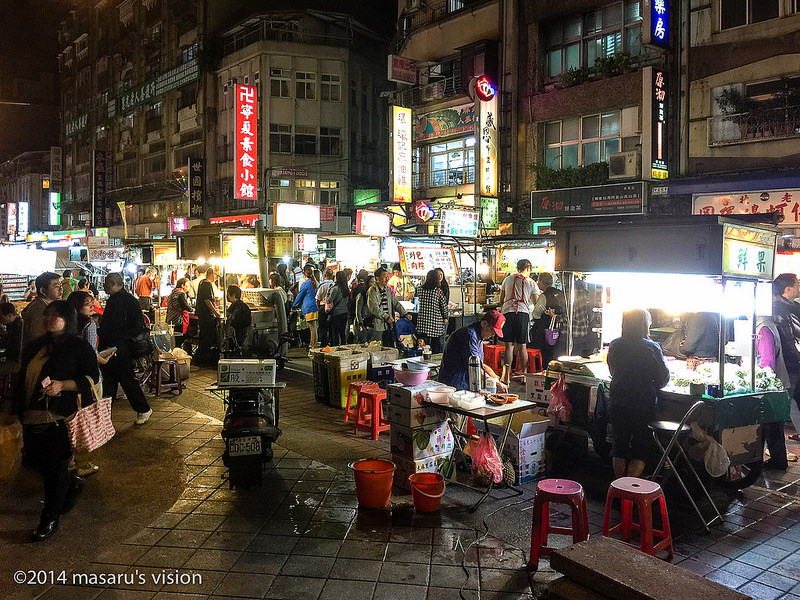 Ningxia Road Night Market by Masaru