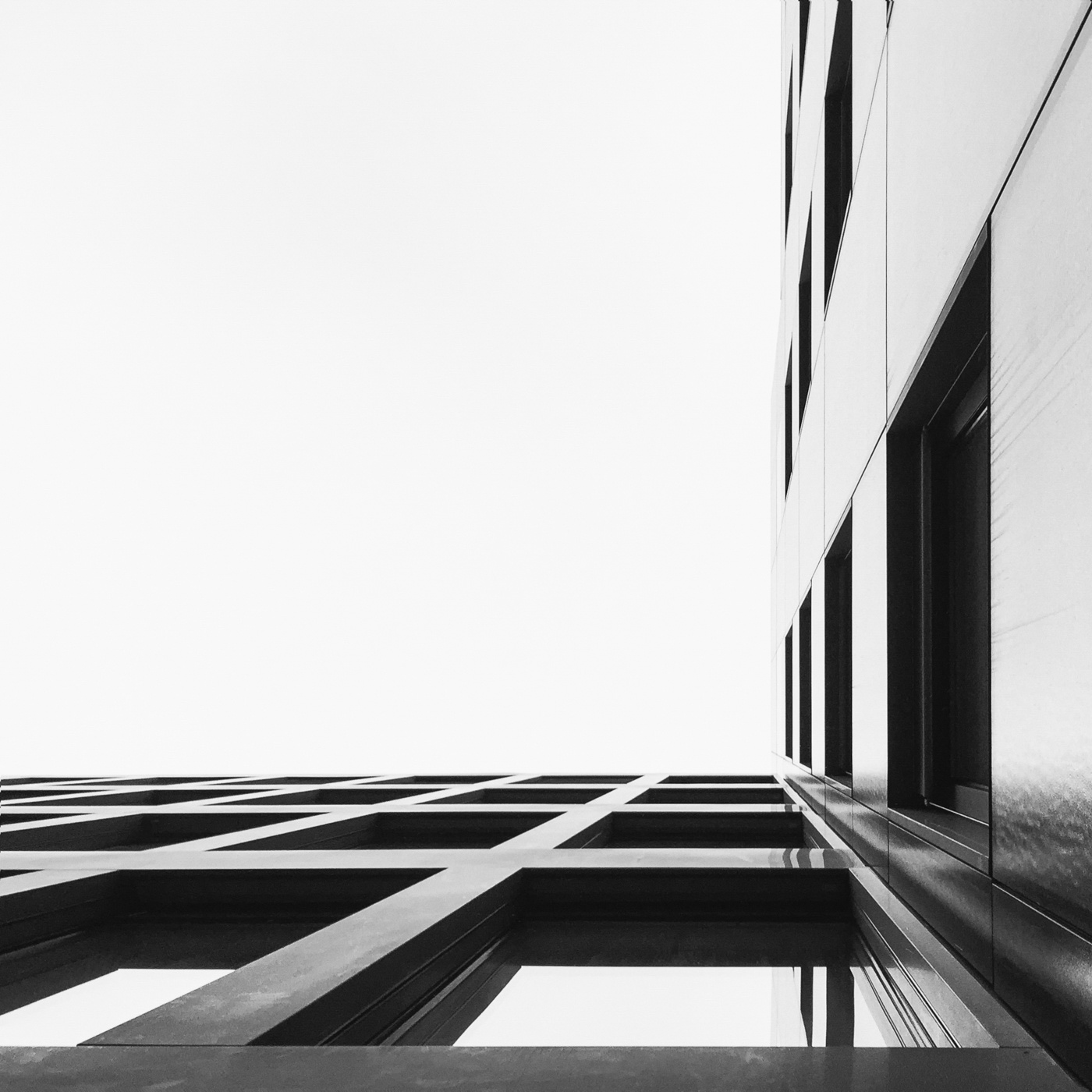 on the edge by matthias joesch 20 Incredible Photos Taken With an iPhone 6