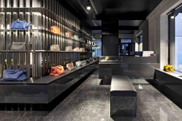 OPVS store by Emanuel Cestaro, Venice - Italy