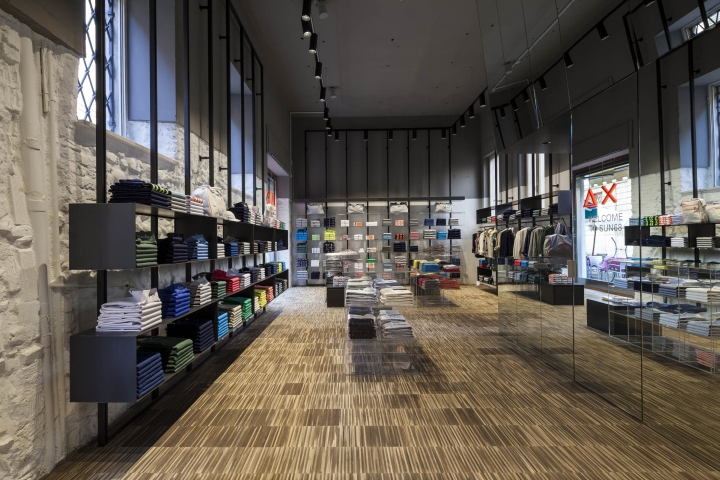 SUN68 stores by C&P Architetti, Italy